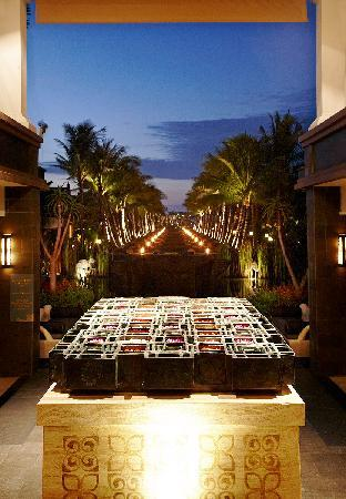 The St. Regis Bali Resort: Black Sand Pond at Dusk