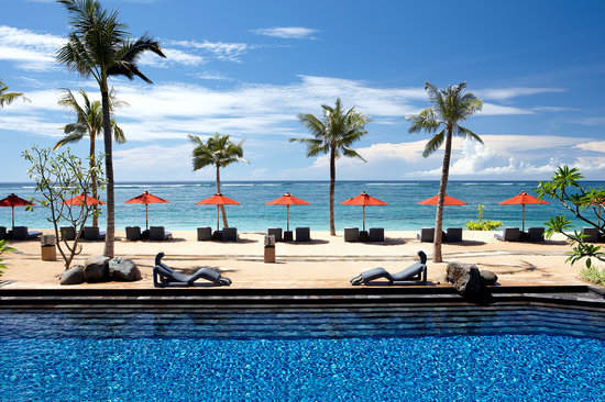 The St. Regis Bali Resort: Strand Pool and Beach St. Regis Bali