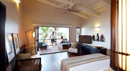 Tadrai Island Resort - Villa Interior