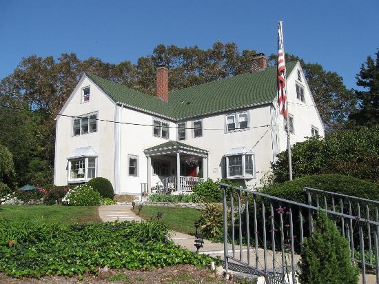 The Tidewater Inn