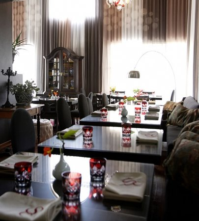 Cuvée Restaurant at Simonsig : Cuvee Inside