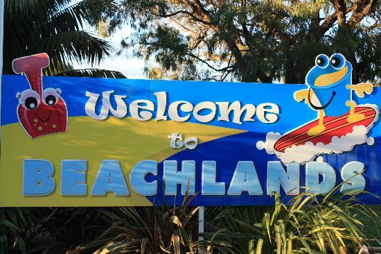 BIG4 Beachlands Holiday Park: The welcome sign as you drive in...