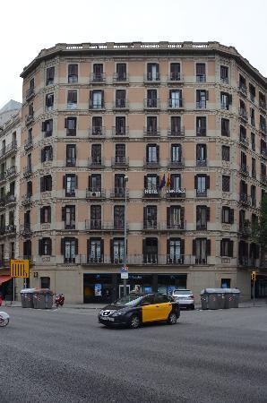 Barcelona City Hotel Universal: Das Gebäude