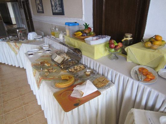 Hotel Coloso: Breakfast Buffet