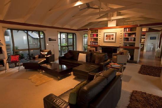 Wings Hinterland Retreat: Lounge Room