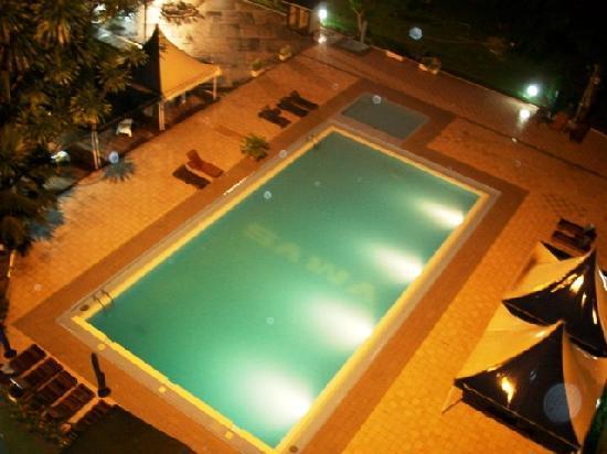 Douala, Kameroen: Hotel pool
