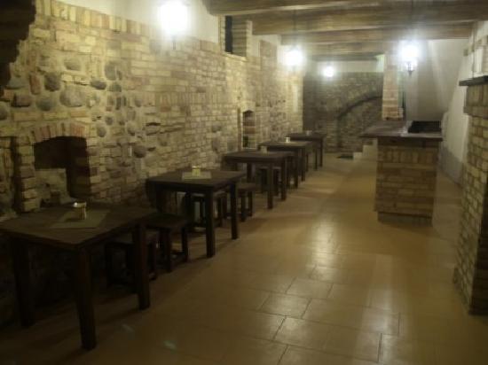 Fortuna Hostel: Basement