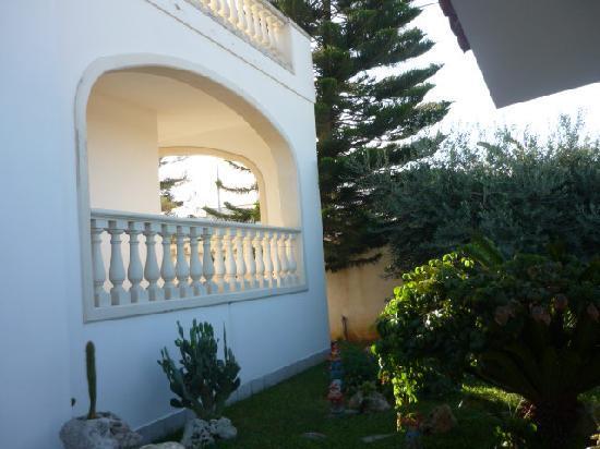 Villa Del Casale: COTE DE LA MAISON