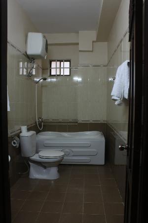 โรงแรมดาลัต กรีนซิตี้: Rest room