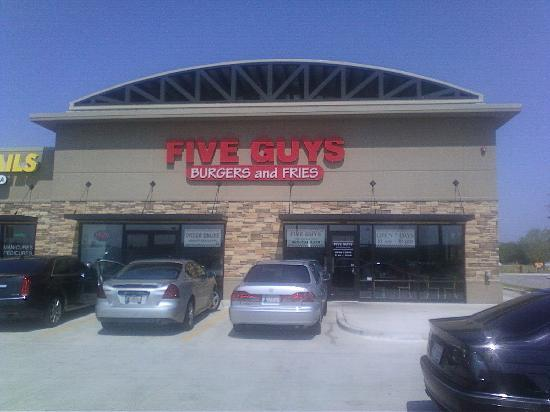 Exterior of Five Guys Burgers and Fries in Moore, OK