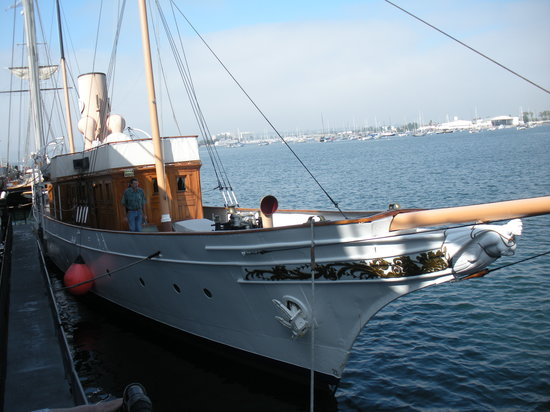 Maritime Museum of San Diego : Medea (could not visit bridge/engine room)