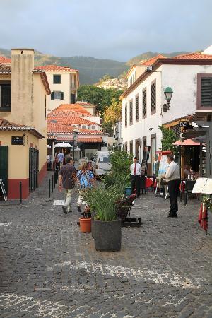 Porto Santa Maria Hotel: direkter Ausgang in die Altstadt