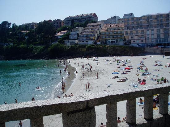 Hotel Atalaya I: Playa de las Caneliñas, a 100 metros