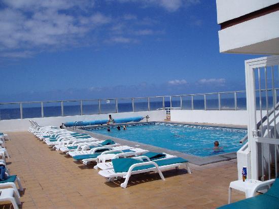 Hotel Trianflor: Hotel, piscina en terraza ático