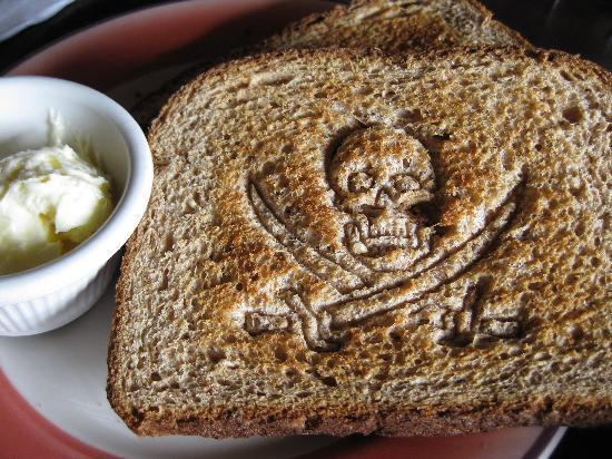 Harpoon Hannah's: toast!