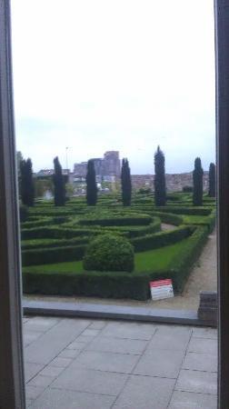 Villa Augustus: Blick aus der Tuinkamer