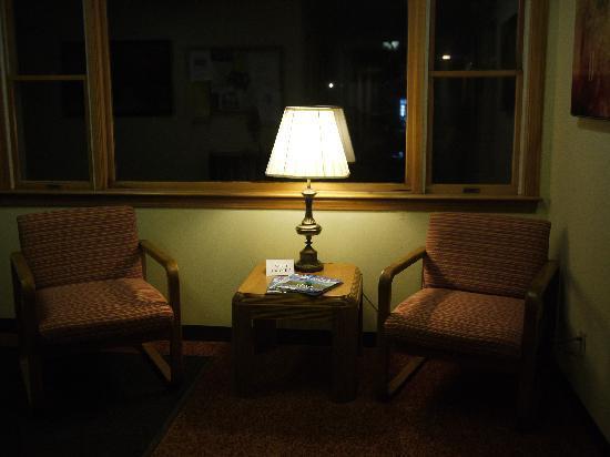 Eastland Motel : lobby