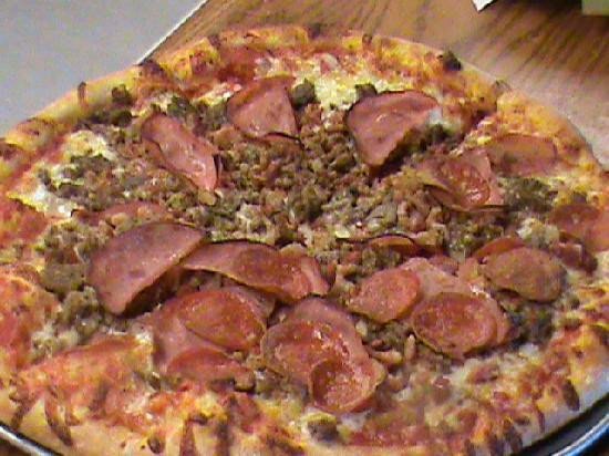 Johnny Brusco's New York Style Pizza: Meat Deluxe