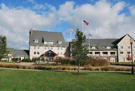 The Lodge at Geneva-on-the-Lake: Beautiful place