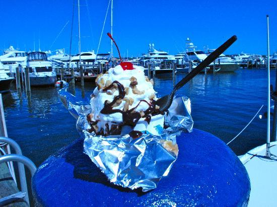 Nantucket Ice Cream & Juice Guys: Make it a Sundae!