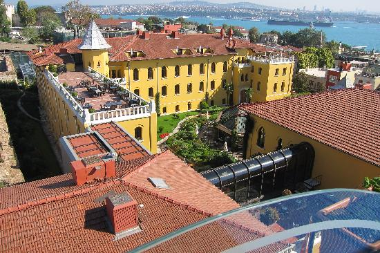 Four Seasons Hotel Istanbul at Sultanahmet : Another Hotel View from Seven Hills Balik  Restaurant's Roof Top Dining Room