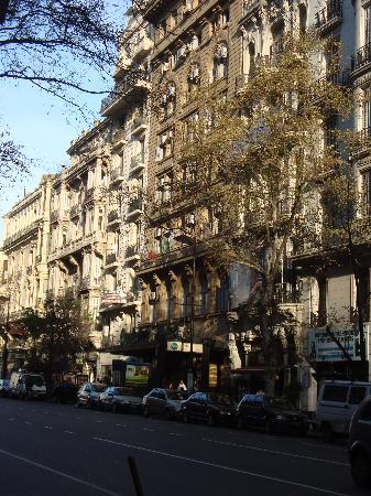 Castelar Hotel & Spa: Frente do hotel