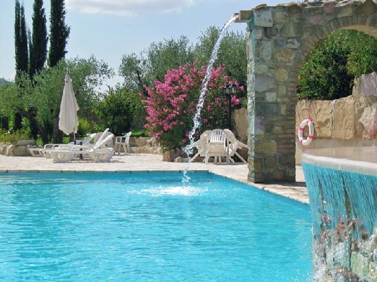 Le Querce di Assisi: Chiamarla piscina è riduttivo - PARTE 2
