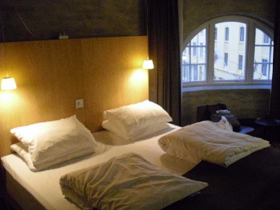Hotel Brosundet: room