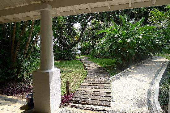 Santa Teresa Hotel RJ MGallery By Sofitel: Both ways lead to somewhere fun