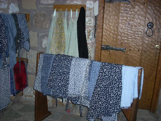 Météores : An assortment of wrap skirts and blouses are available for those whose costumes are a bit bare.