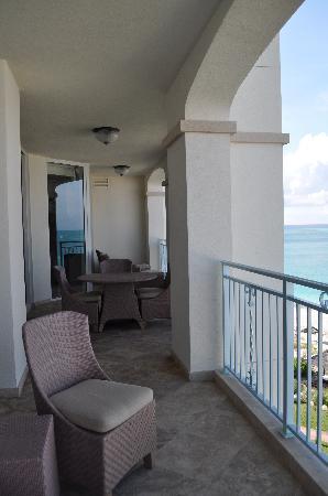 Seven Stars Resort & Spa: Oceanfront Premier 1BR Suite