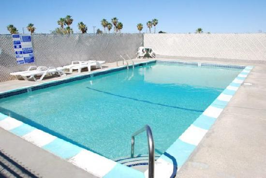 Motel 29 Palms: Pool