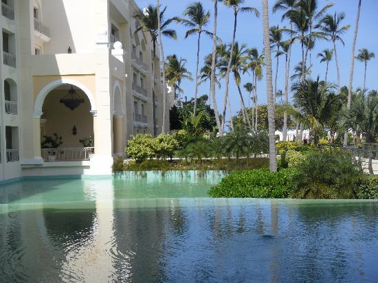 Iberostar Grand Hotel Bavaro: The grounds were serene.