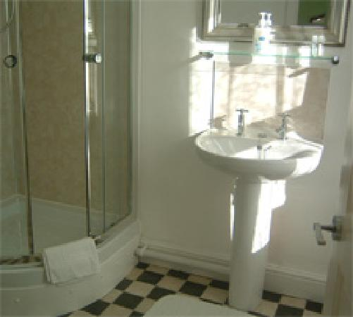 Grange Fell B&B: Ensuite for Double Room