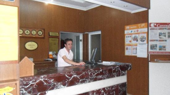 Acar Hotel: receptie