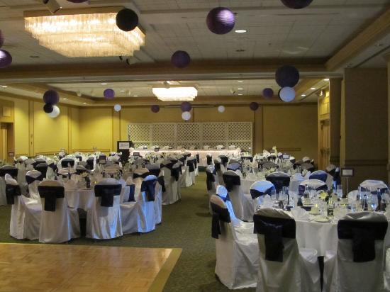 Ramada Plaza Dartmouth Park Place : The banquet hall