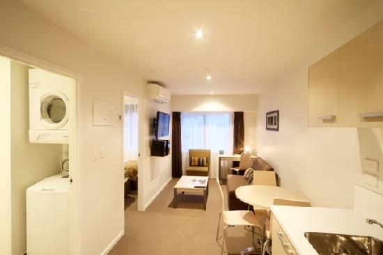 Quest Albany : One Bedroom Apartment