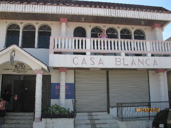 Casa Blanca Guest House: Exterior front