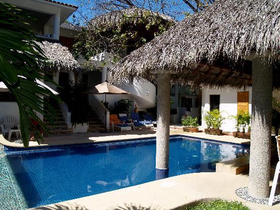 Villas Naomi: Pool area