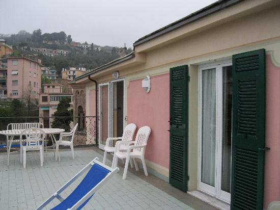 Hotel Stella: Rooftop patio