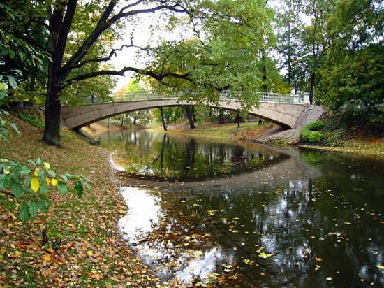 Hanza Hotel: Riga Canal near the historic old section of Riga