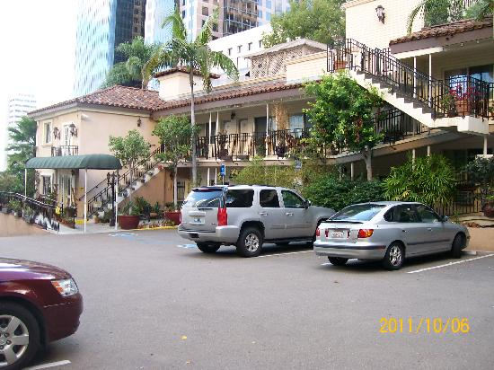 Best Western Cabrillo Garden Inn: This is of the lobby and parking lot