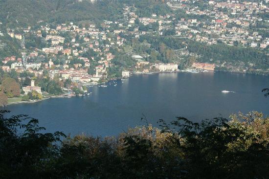 Ristorante Hotel Falchetto: The view of Cernobbio