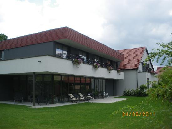 """Hotel-Restaurant A l'Etoile - Logis : Annexe de l'Hôtel """"à L'Etoile"""" de MITTELHAUSEN en Alsace -Bas-Rhin-"""