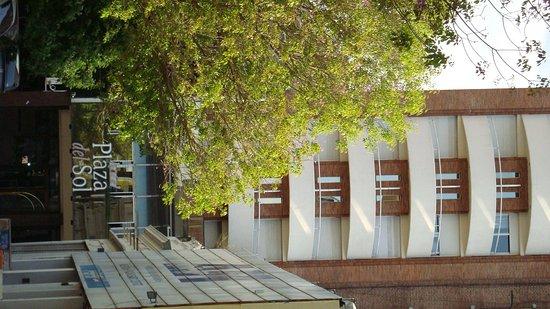 Hotel Plaza del Sol: fachada del hotel