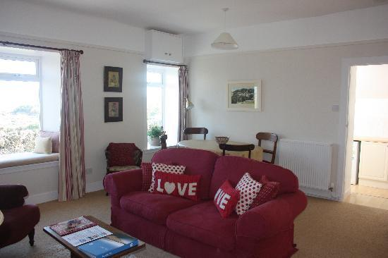 Mossyard Holiday Cottages: Threaby Cottage Living/Dining Room