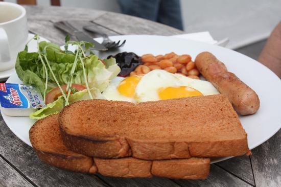 โรงแรมนาก: breakfast