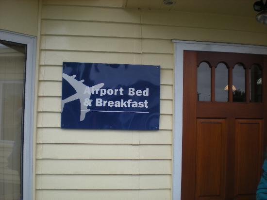 Airport Bed & Breakfast