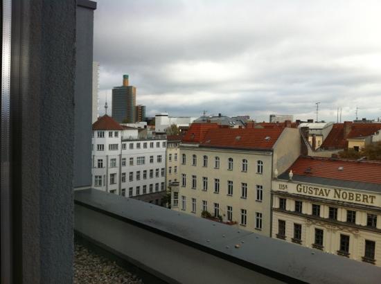 B&B Hotel Berlin-Potsdamer Platz: vista dalla stanza 702