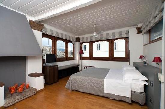 โรงแรมชาเลสตัน: junior suite